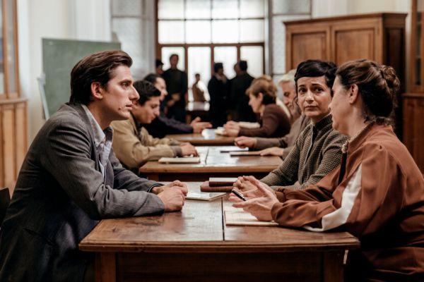 Кадр из фильма Мартин Иден