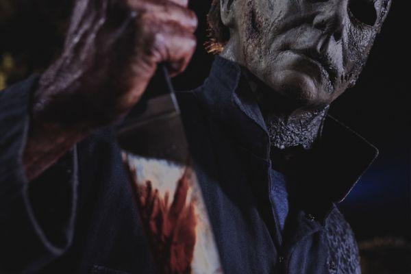 Кадр из фильма Хэллоуин убивает