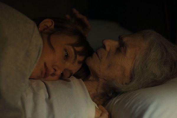 Кадр из фильма Бабушка